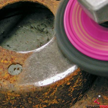 pulizia con Dischi  MAGNUM Clean  con effetto sabbiatura